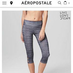 Aeropostale Yoga Leggings Size S